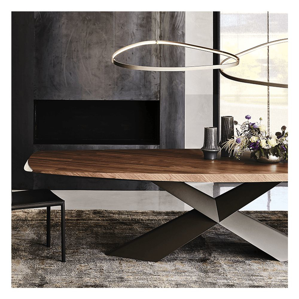 图片 TYRON Dining Table